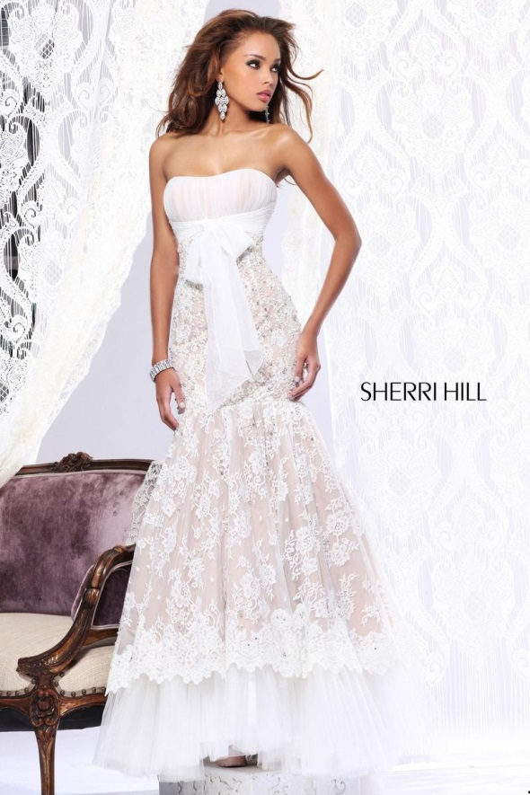 White lace prom dress sherri hill 2017 2018 b2b fashion for Wedding dress sherri hill