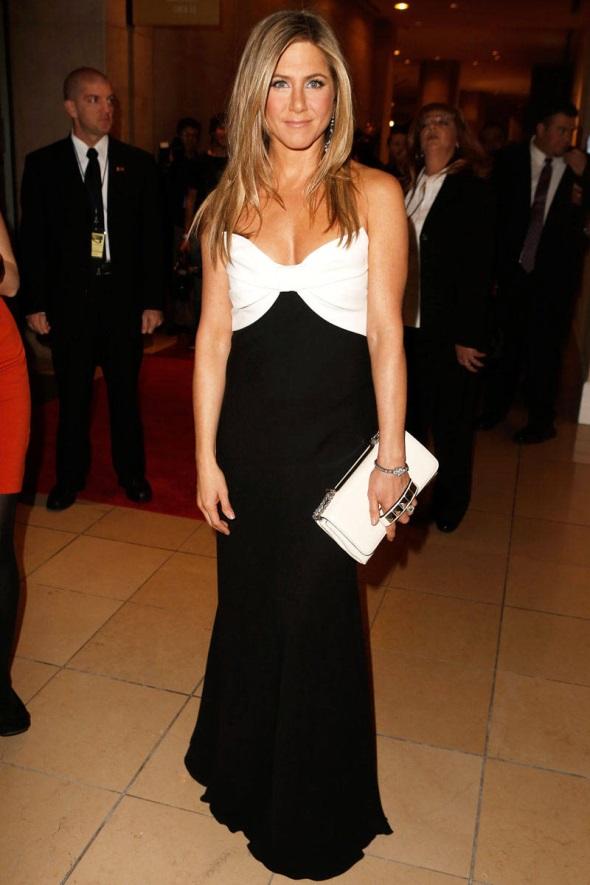Jennifer Aniston Red Carpet Dresses 2017 2018 B2b Fashion
