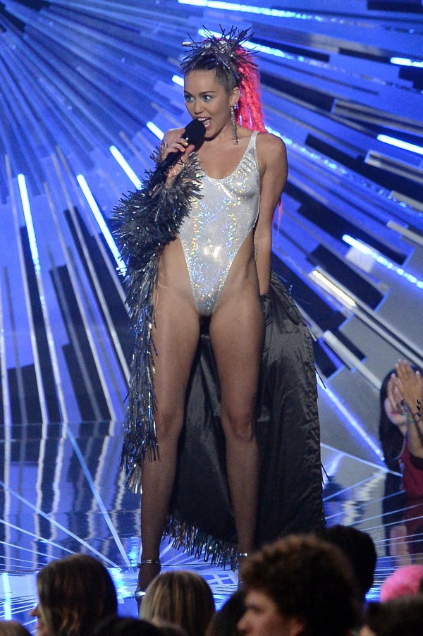 Miley Cyrus Dresses 2017 2018 B2b Fashion