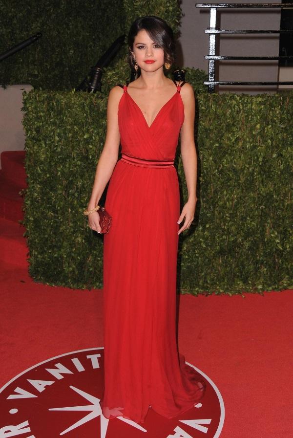 Selena Gomez Red Dress Photoshoot Looks B2b Fashion