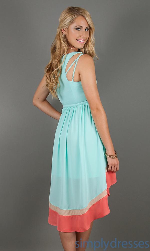 Casual summer dresses looks | B2B Fashion