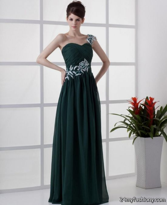 Get your desired personal fashion by buying yourself our trendy dark green prom dresses. Allow us to supply you with is latest and the refined tastes.