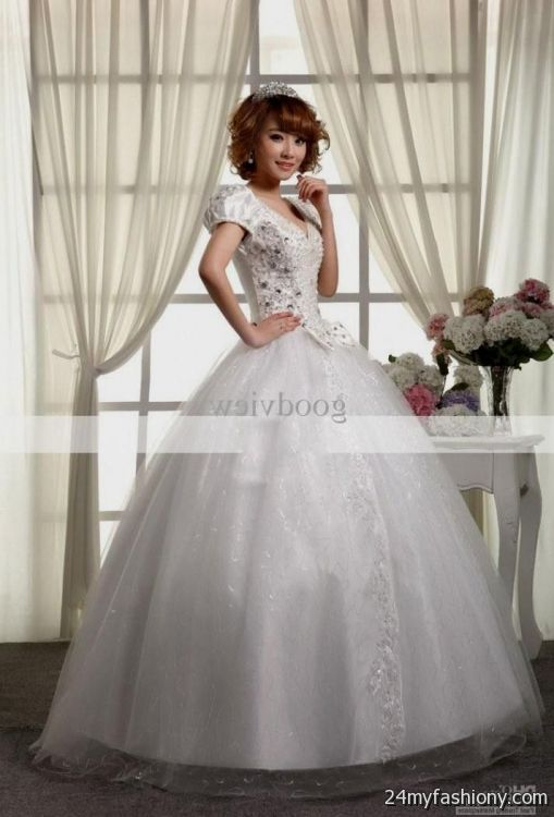 You can share these light gray short wedding dress on facebook