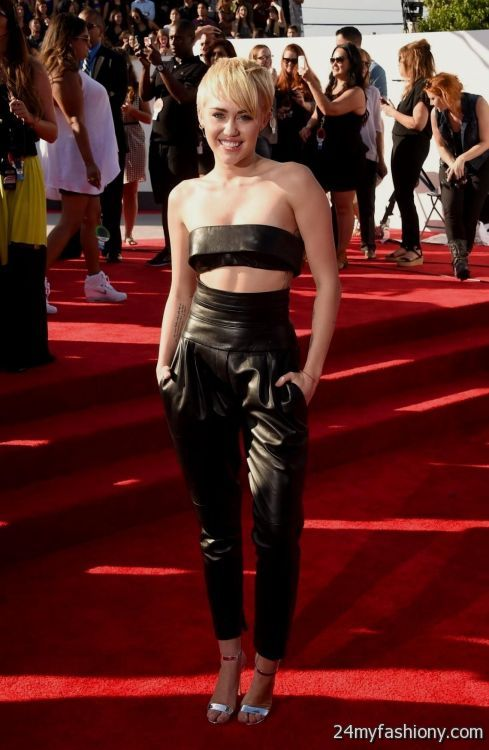 Miley Cyrus Red Carpet Dresses Looks B2b Fashion