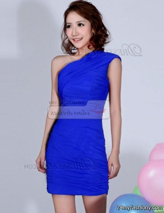 short royal blue bridesmaid dresses with straps looks