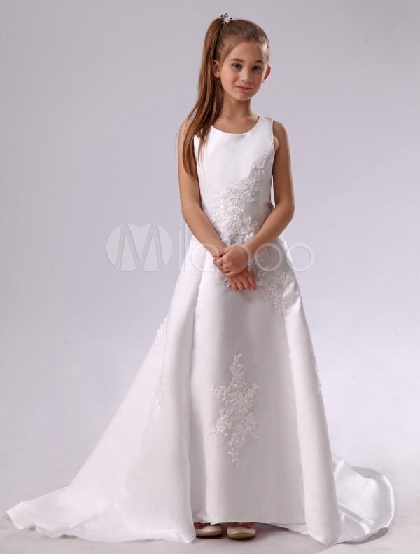Designer first communion dresses looks | B2B Fashion