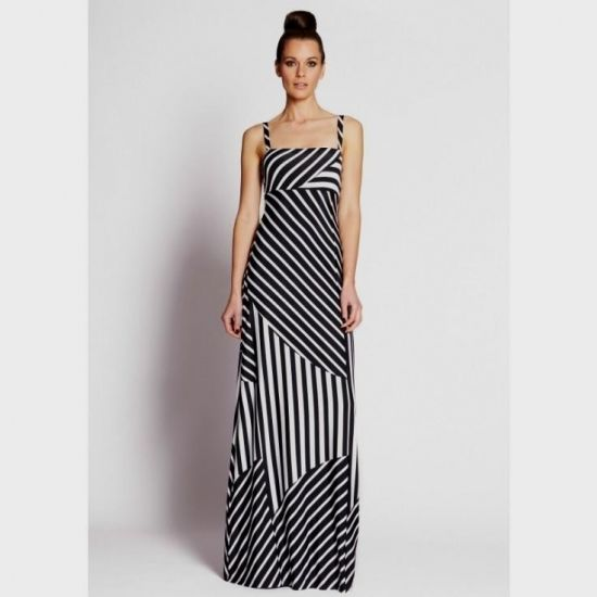 Look No Further Than Our Luxury Maxi Dress Collection Sweep Into Next Season With Bebe S On Trend Dresses Long Style Iness
