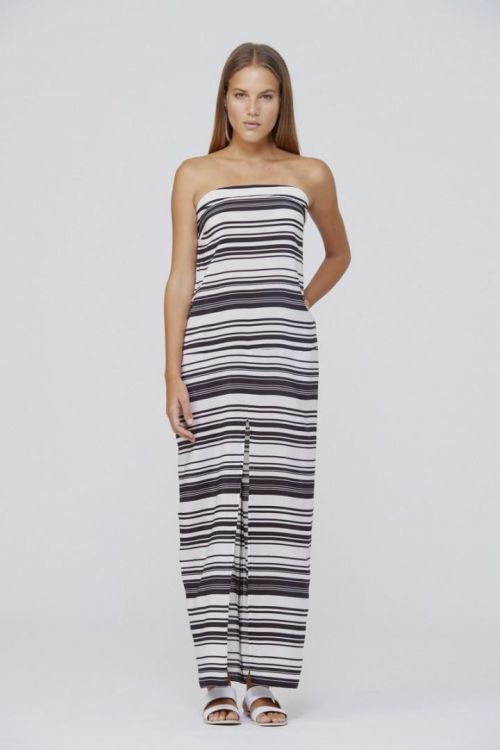 maxi dresses black and white stripes Jennifer Lopez Wearing Striped Maxi Dress Re-create Jennifer's South Beach style with a black and white striped maxi black sandals and gold accessories for your next lunch date with the girls.