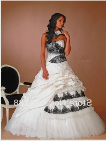 You Can Share These Black Lace Wedding Dress Plus Size On Facebook Stumble Upon My Space Linked In Google Twitter And All Social Networking