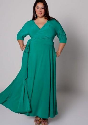 emerald green plus size bridesmaid dresses looks | B2B Fashion
