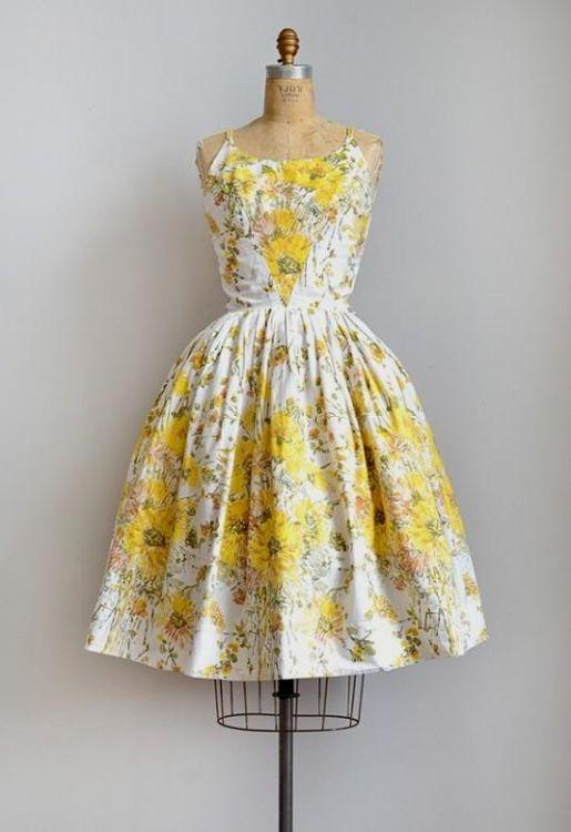 Floral Vintage Sundress Looks B2b Fashion