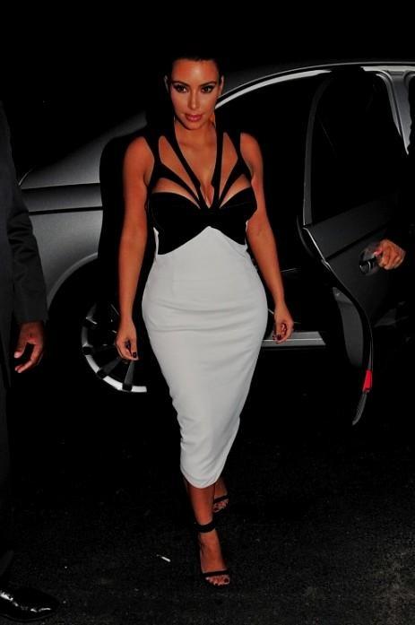 kim kardashian black and white dress 2016-2017   B2B Fashion