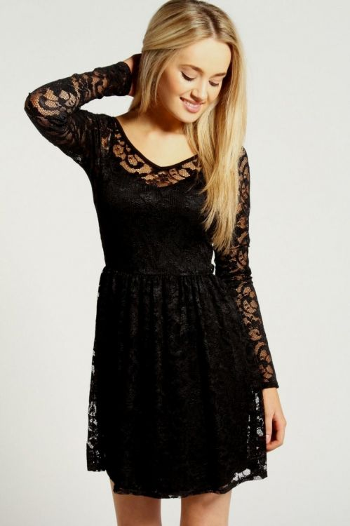 The wholesale price of this Lace Long Sleeve Skater Dress is as adorable as its chic style,fashionable skater dresses wholesale by Dear-Lover.