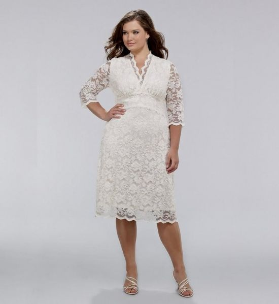 plus size cream lace dress looks | B2B Fashion