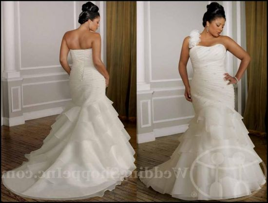 plus size fit and flare wedding dresses with sleeves looks ...