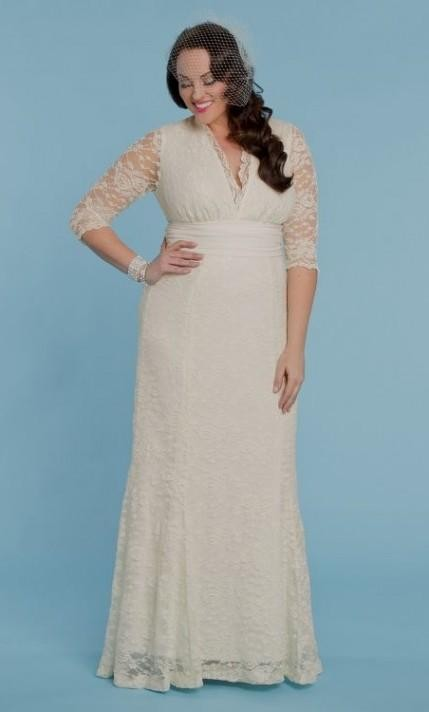 plus size ivory lace dress looks | B2B Fashion