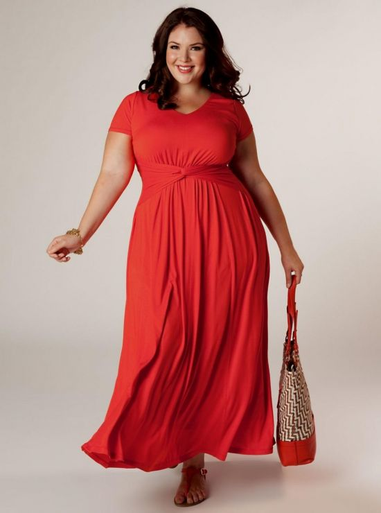 Dress up and dress right with plus size dresses from Sears With the latest plus size dresses in your wardrobe, it's easy to stay on top of your fashion game all year. Sears has a wide variety of designs and colors for any occasion.