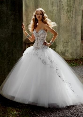 Sparkle ball gown wedding dresses family clothes for Strapless sparkly wedding dresses