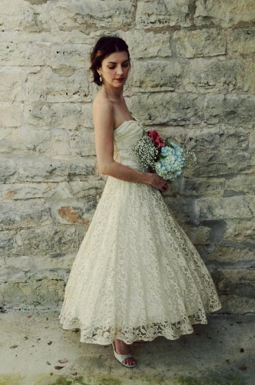 Plus size vintage tea length wedding dress 2016 2017 b2b for Vintage wedding dresses plus size
