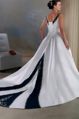 Plus size wedding dresses with color 2016 2017 b2b fashion for Unique black and white wedding dresses