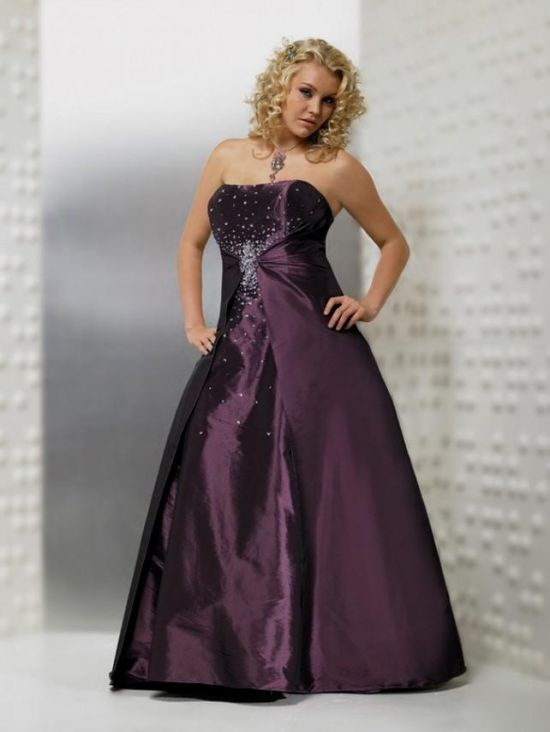 You Can Share These Plus Size Wedding Dresses With Purple On Facebook Stumble Upon My Space Linked In Google Twitter And All Social Networking