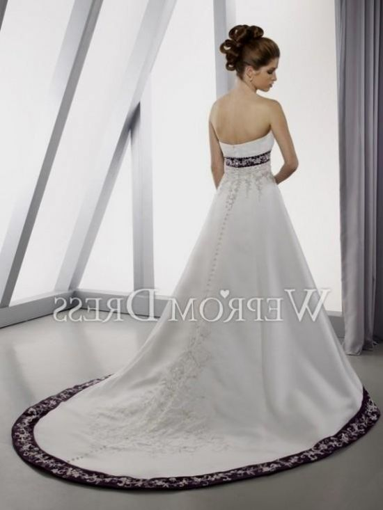 Purple and white wedding dresses plus size 2016 2017 b2b for White wedding dress with lavender