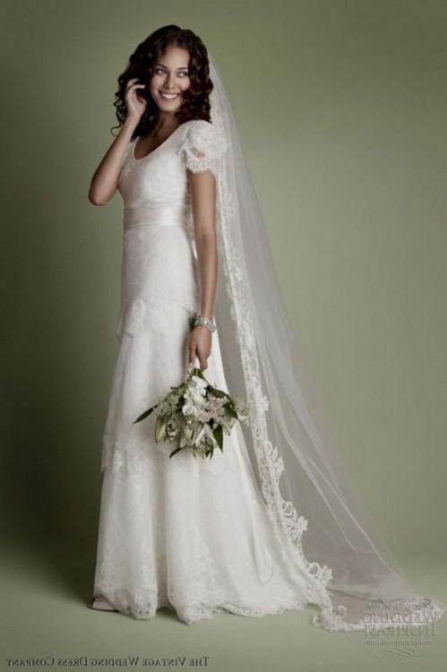 Vintage Wedding Dress Websites : Short lace wedding dress with sleeves vintage inspired