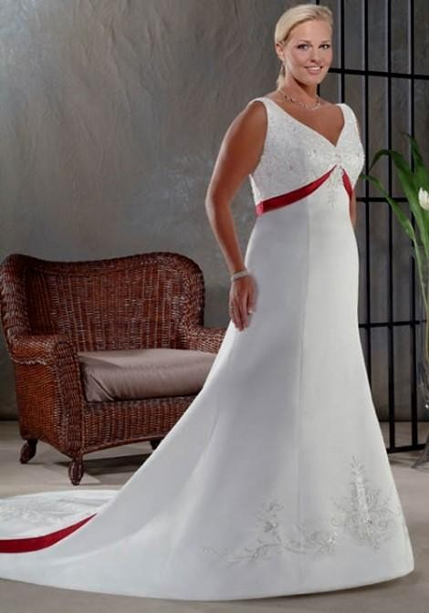 Simple Plus Size Wedding Dresses With Color Looks B2b