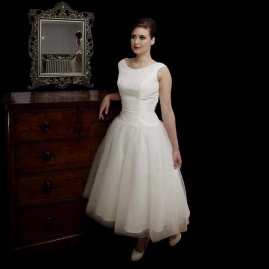 Audrey wedding dresses high cut wedding dresses for Audrey hepburn inspired wedding dress