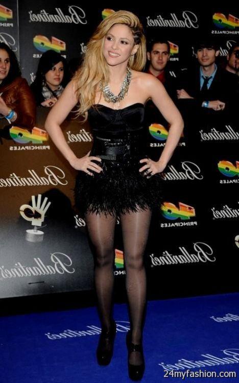 very short black dress looks b2b fashion