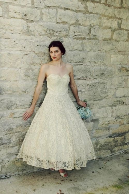 Vintage tea length strapless wedding dresses 2016 2017 for Vintage wedding dresses tea length