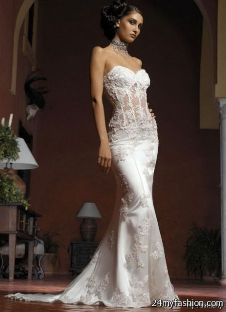 Form-Fitting Wedding Dresses