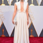 Delicate_White_Gowns_Grace_the_2016_Oscars_Red_Carpet_Blo..