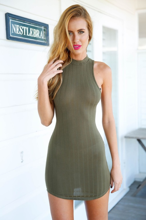 2017-Halter-Bodycon-Women-Summer-Dress-Olive-Green-off-shoulder-Backless-Mini-Dress-sexy-see-through