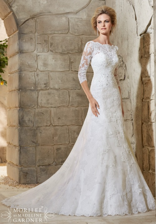 2017-Three-Quarter-Sleeve-Wedding-Dresses-Scoop-Neckline-Beaded-Applique-White-Lace-Wedding-Gowns-Backless-Mermaid