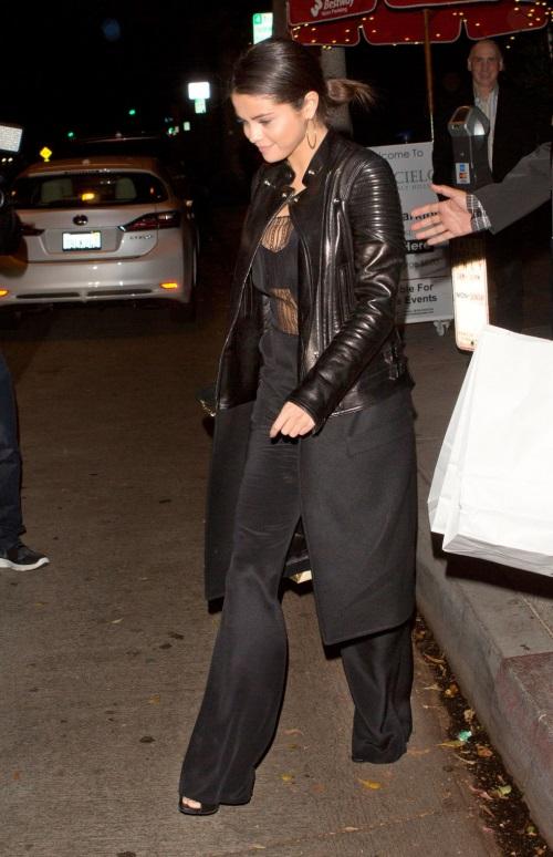 Selena Gomez Black Dress 2017 2018 B2b Fashion