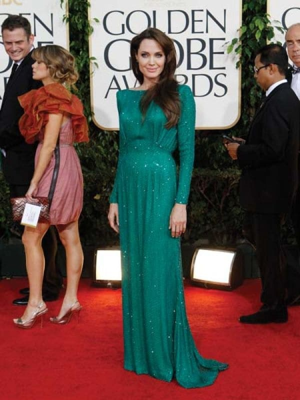 50+ Best Angelina Jolie's red carpet dresses | B2B Fashion