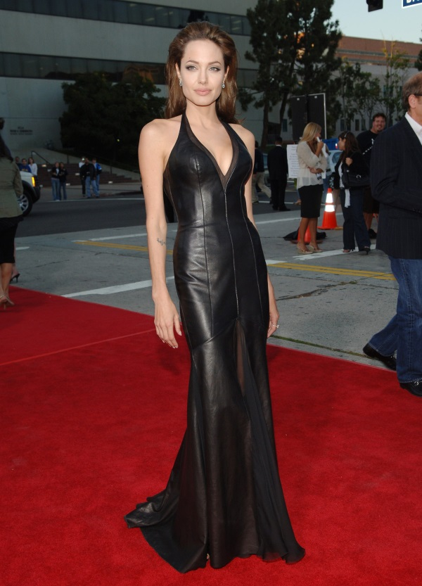 50 Best Angelina Jolie S Red Carpet Dresses B2b Fashion