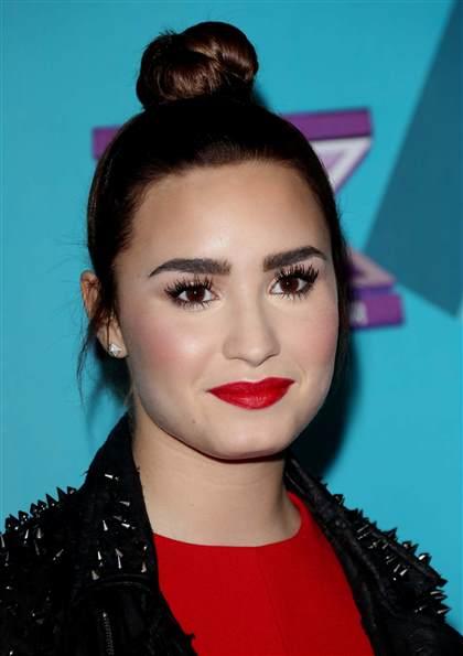 Demi Lovato Red Dressfactor Seven