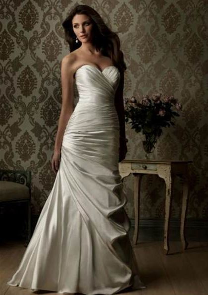 Wedding Dresses Sweetheart Neckline Fit And Flare With