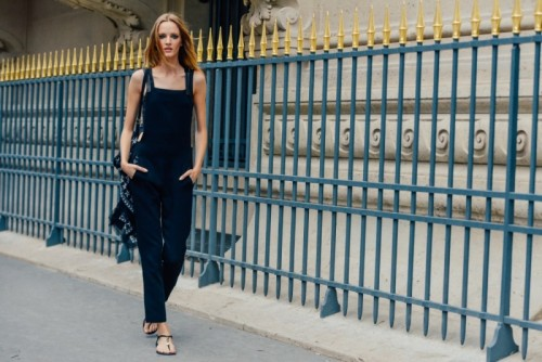 50_Paris_Fashion_Week_Street_Style_Snaps_To_Obsess_Over_because_im_addicted_Bloglovin.jpg