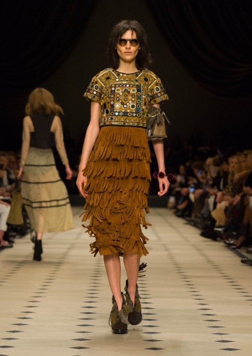 BURBERRY_PRORSUM_FALL_WINTER_2015-16_WOMENS_COLLECTION_The_Skinny_Beep.jpg