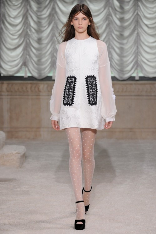 Bottega_Veneta_Ready-To-Wear_OSEN-ZIMA_2014_2015_KOLLEKTII_Glamour.ru.jpg
