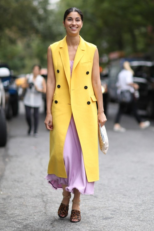 Carolina_Issa_mastered_the_art_of_being_bold_and_ladylike_by_layering_From_Paris_to_New_York_This_Is_the_Best_Street_Style_of_2.jpg