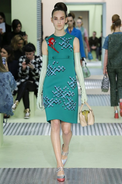 PLATE_Prada_Fall_2015_RTW_14_Lady_in_Dress.jpg