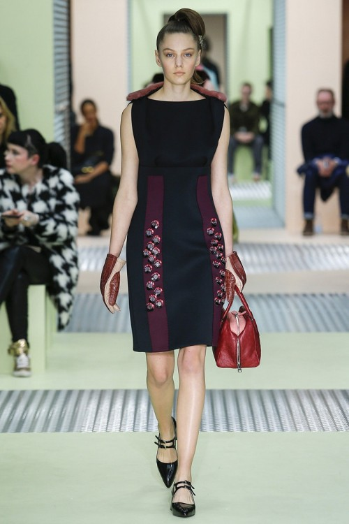 PLATE_Prada_Fall_2015_RTW_26_Lady_in_Dress.jpg