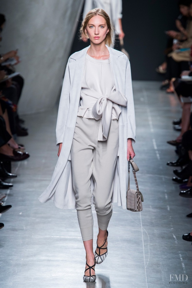 3039d4ea0d Photo Bottega Veneta Spring Summer 2015 Ready to Wear milan Fashion Show  Brands The FMD - Fashion Week
