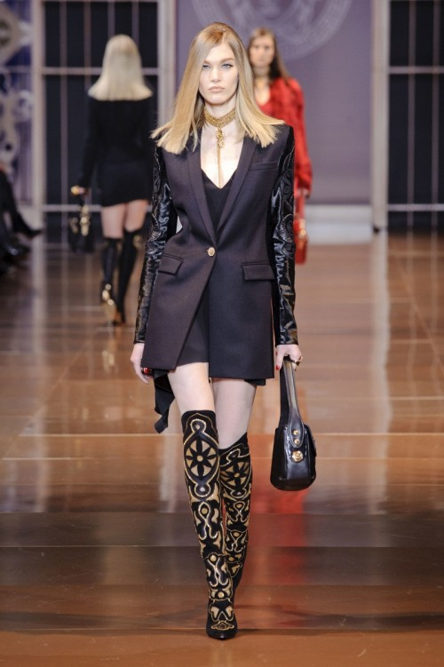 Versace_Fall_2014_Don__39t_Mess_With_Donatella_Versace__39s_Army_POPSUGAR_Fashion.jpg