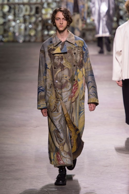 Dries-Van-Noten-Spring-Summer-2017-Paris-Fashion-Week-10.jpg