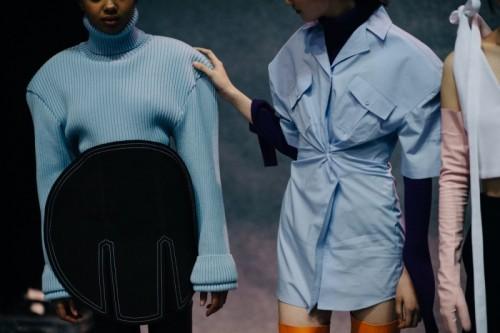 Le-21eme-Adam-Katz-Sinding-Backstage-Jacquemus-Paris-Fashion-Week-Fall-Winter-2016-2017_AKS3303-1500x998.jpg